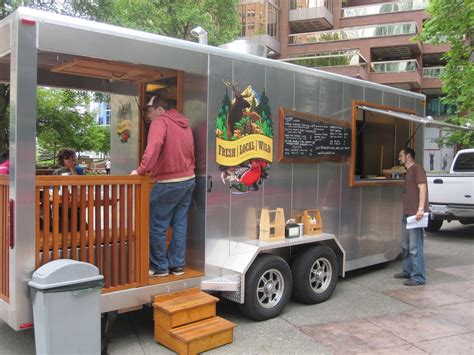 Check out the deck on this food trailer, love it!   Food & Retail Campers & RVs   Pinterest