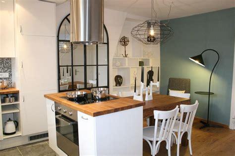 cuisine am駻icaine petit espace am 233 nagement r 233 novation d une cuisine sur et en ile