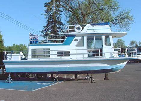 gibson houseboat floor plans 28 images custom 1985 gibson 36 standard power boat for sale www