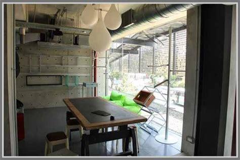 desain kamar industrialis konsep kreatif dengan gaya industrial pada interior kantor