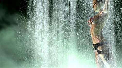 Garskinstikerskin Laptop Rider Lara 1920x1080 lara swimsuit waterfall weapons wallpapers and