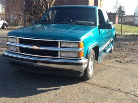 car engine repair manual 1996 chevrolet 1500 electronic valve timing service manual sell used 1996 chevy c1500 sell used 1996 chevy c1500 work truck w 115850