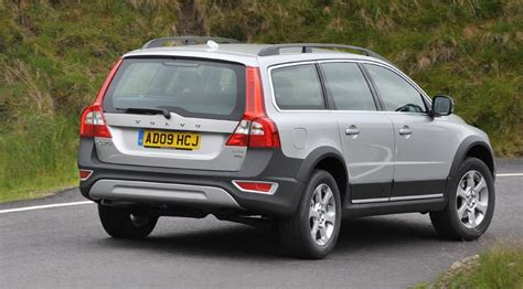 all car manuals free 2009 volvo xc70 navigation system volvo xc70 drive 2009 review by car magazine