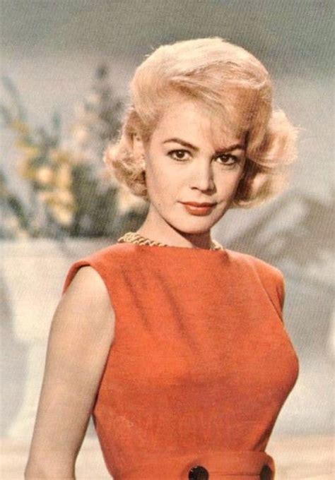 dee dee lemma hairstyle how to do her styles wayans brother 29 best images about look at her sandra dee on pinterest