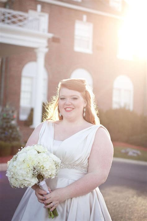 Best 25  Fat bride ideas on Pinterest   Curvy bride, Plus