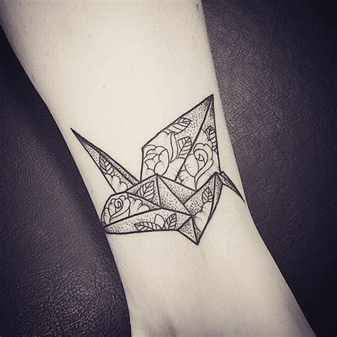 tattoo on paper best 25 paper crane tattoo ideas on pinterest origami