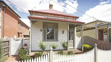 real estate share house melbourne house prices soar in city s hot suburbs