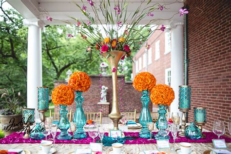 Wedding Announcement Washington Post by Vibrant Wedding Table Setting Wedding Photographer In