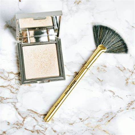 7 Makeup Tools You Must To Do Your Makeup Like A Pro by Different Types Of Makeup Brushes You Must About
