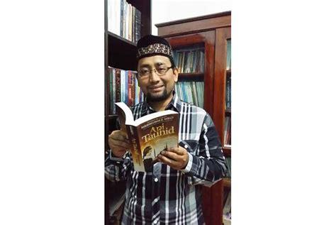Novel Api Tauhid By Habiburrahman napak tilas novel api tauhid jelajahi 11 kota di turki republika