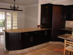 mahogany cupboards nico s kitchens mahogany kitchen home design ideas pictures remodel and