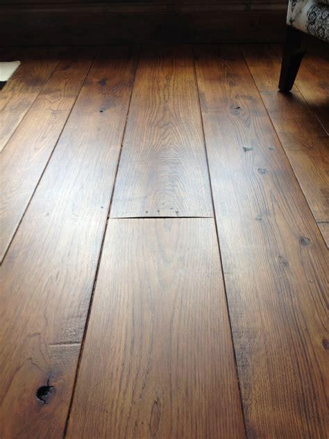 wide plank hardwood flooring    kind wood floors