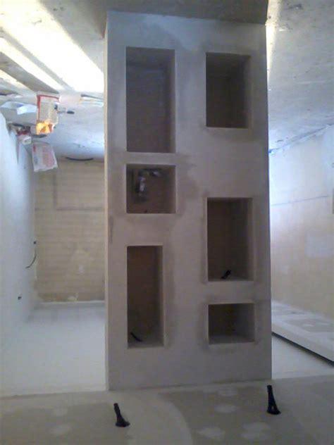 libreria divisoria in cartongesso foto parete divisoria a nicchie in cartongesso di