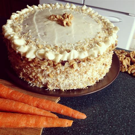 sweet and simple carrot cake with cheese frosting