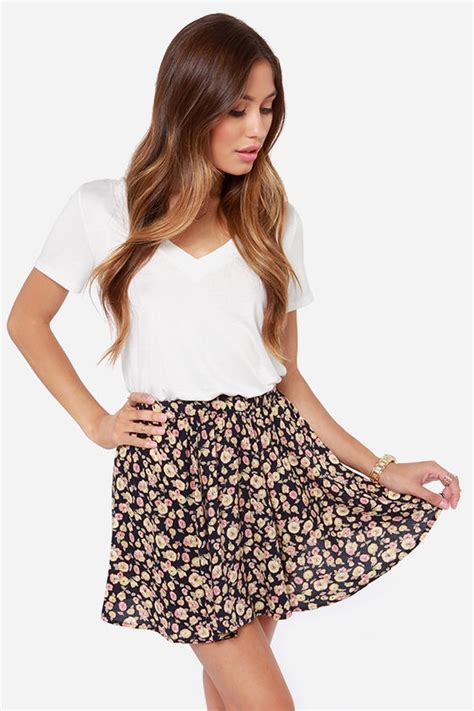 Blue Set Top Skirt Import floral print skirt navy blue skirt mini skirt 30 00
