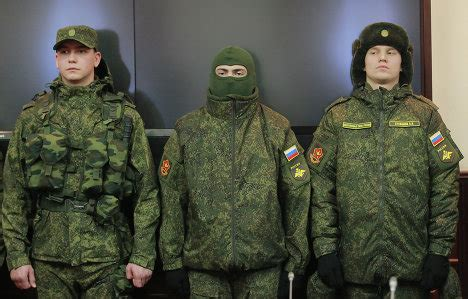 russian military uniforms russian army to use new field service uniform rusmilitary