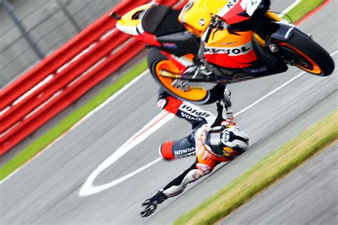 best place to motogp at silverstone motorcycle motogp silverstone 2013 preview