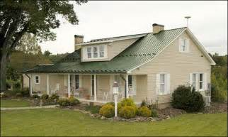 metal roof and siding color combinations house colors with green roof metal roofing projects to