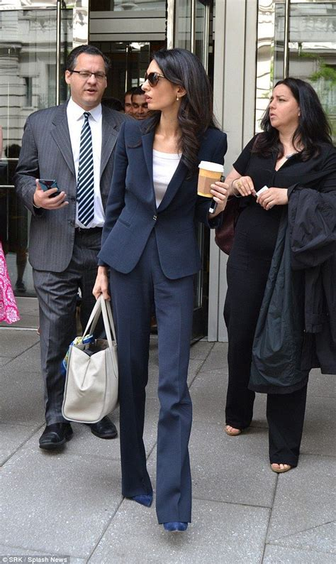 working wife haitstyle amal clooney holds press conference on jailed maldivian ex