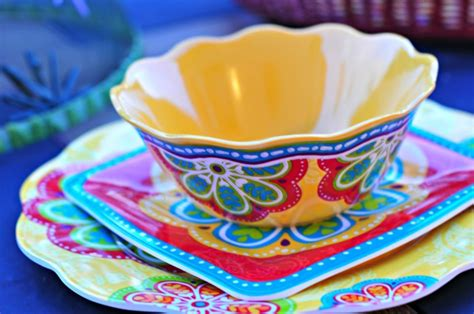 Pottery Barn Patio Outdoor Melamine Dinnerware For Summer That Looks Like