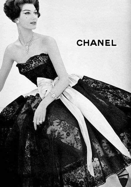 an old chanel ad in the 50 s fancy schmancy fashion