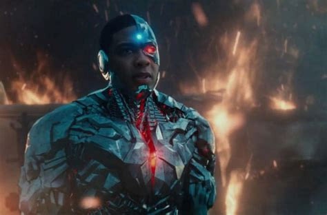 justice league film cyborg zack snyder cyborg story quot the heart quot of justice league