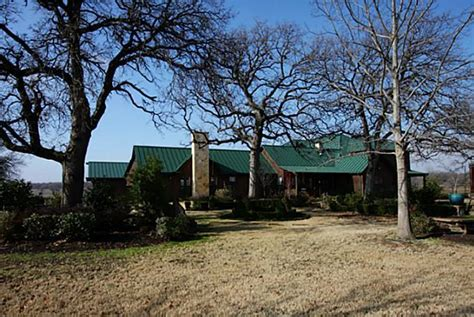 Barn Homes For Sale Yee Haw Terry Bradshaw Lists Oklahoma Ranch For 9 95