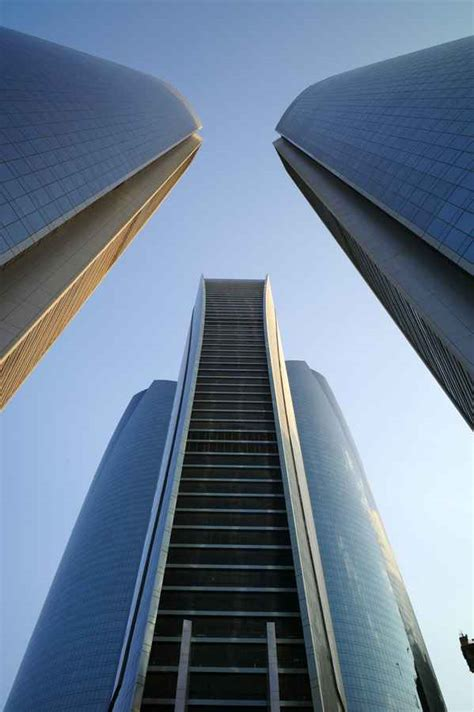etihad towers abu dhabi skyscrapers  architect