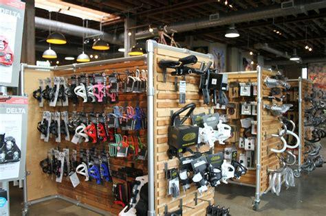 Plans For A Garage a look inside lance armstrong s bike shop dc rainmaker