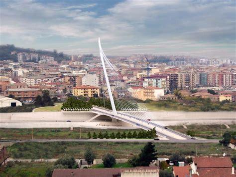 di cosenza cosenza il ponte sul fiume crati porta la firma di calatrava