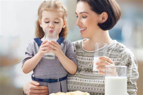 calcio per le ossa alimenti il latte calcio e proteine per le ossa