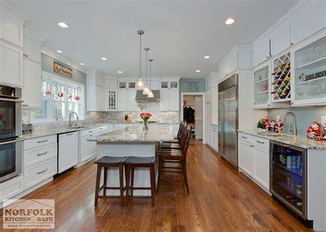 Festive Kitchen by Festive White Kitchen New Construction