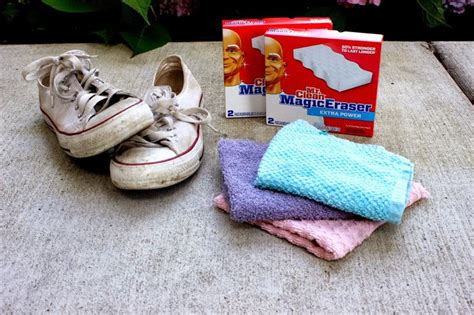 how to clean white canvas shoes including converse vans