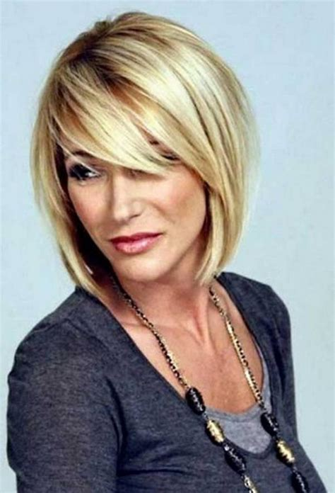 hairstyles formolder women with oval face flattering short haircuts