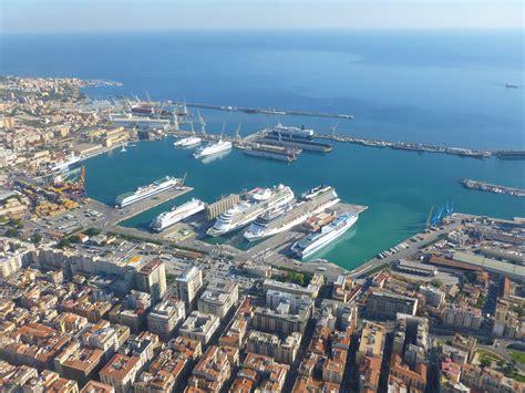 il porto di palermo porto di palermo imbarco e sbarco crociere crocieristi it
