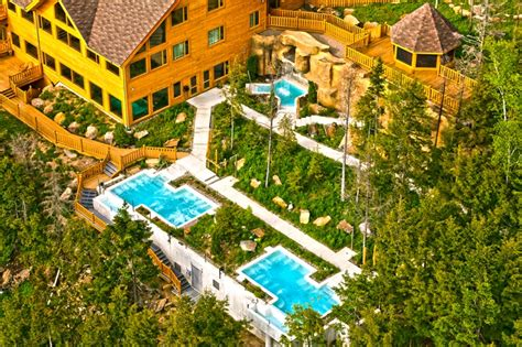 Outdoor Hotel Rooms - hotel sacacomie