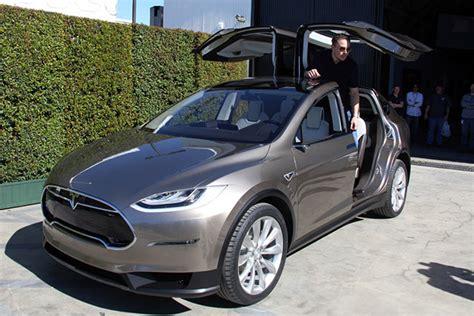 Tesla Wing Doors by I Might Get A Tesla Model X Sportshoopla Sports Forums