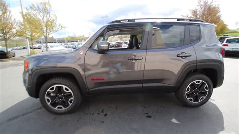 granite jeep renegade 2017 jeep renegade trailhawk granite crystal hpe70426