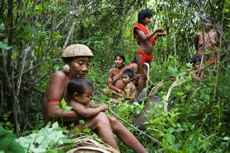 African Tribes Women Giving Birth | le devoir