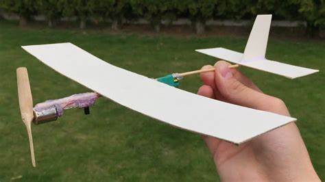 How To Make A Flying Out Of Paper - how to make a cardboard plane with electric engine