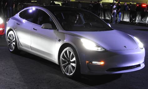 tesla model 3 mpge looking back at the new ev models launched in 2017