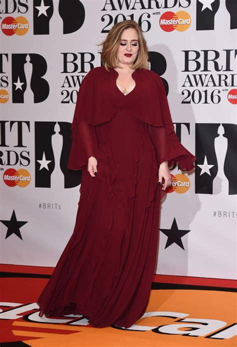 grammy awards 2016 adele new haircut adele new haircut adele hair adele in giambattista valli 2016 brit awards fashionsizzle