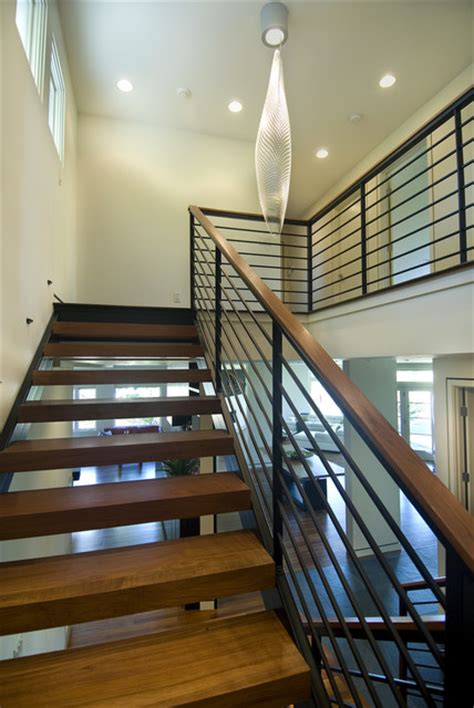 Garden Banister Open Modern Stair Modern Staircase Minneapolis By
