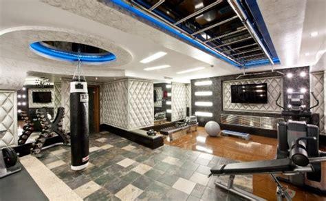 fitnessraum zu hause luxus fitnessraum loopele