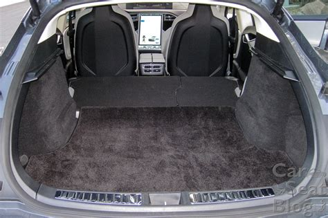 Tesla Back Seats Tesla Model X Quot Review Quot By Bloomberg Inside Evs