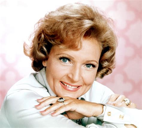 with betty white what happened to betty white who played sue