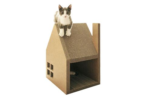 cardboard houses krabhuis cardboard house for cats to scratch digsdigs
