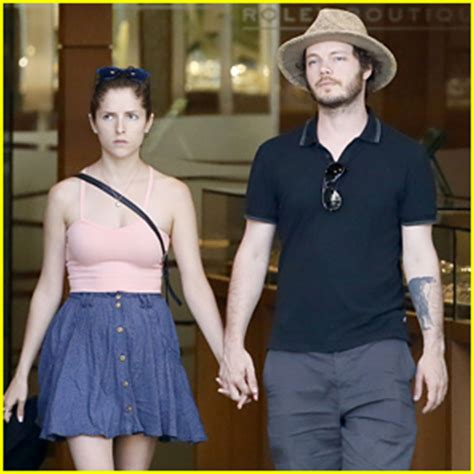 anna kendrick amp boyfriend ben richardson vacation together