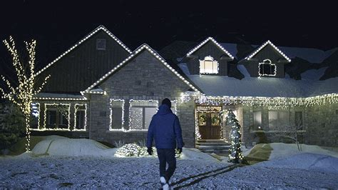 how to hang christmas lights on trees outdoor how to hang outdoor christmas lights canadian tire