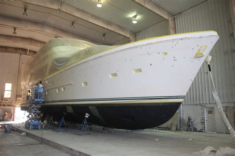 yacht work full repaint for 80 offshore motor yacht libert y at